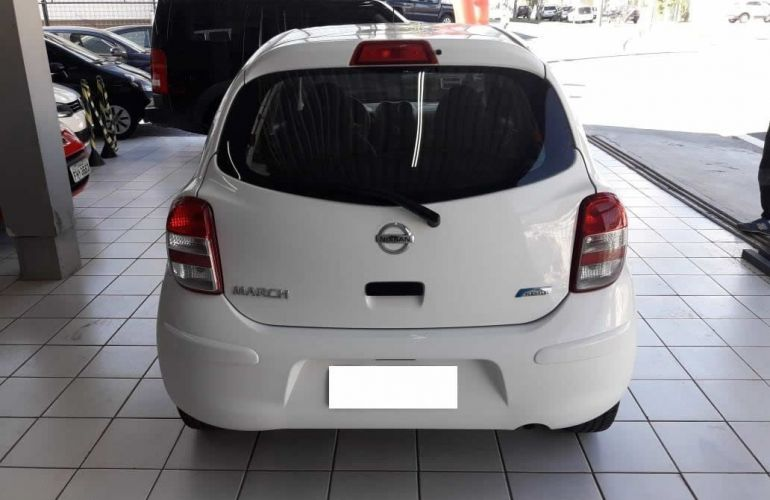 Nissan March 1.6 SV 16V Flexstart - Foto #4