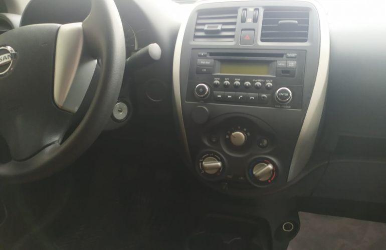 Nissan Versa 1.0 12V S (Flex) - Foto #2