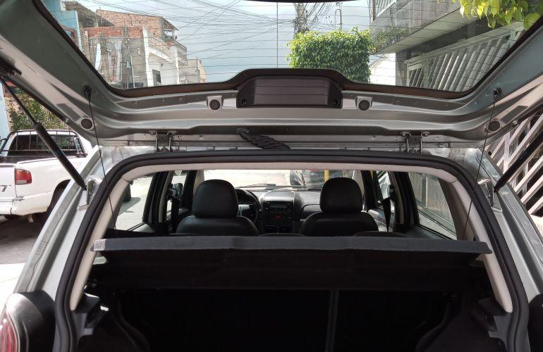 Fiat Idea Essence 1.6 16V E.TorQ Dualogic (Flex) - Foto #8