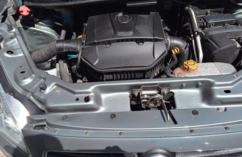 Fiat Idea Essence 1.6 16V E.TorQ Dualogic (Flex) - Foto #10