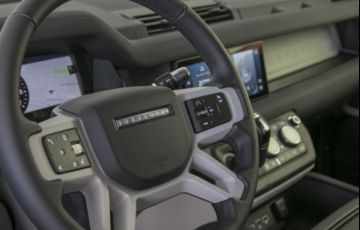 Land Rover Defender 2.0 P300 110 SE Awd - Foto #5