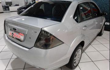 Ford Fiesta 1.6 MPi Class Sedan 8v - Foto #9