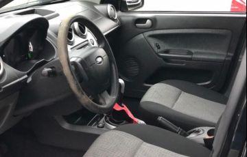 Ford Fiesta 1.6 MPi Class Sedan 8v - Foto #4
