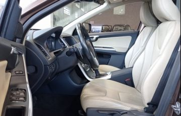 Volvo Xc60 2.0 T5 Comfort FWD Turbo - Foto #5