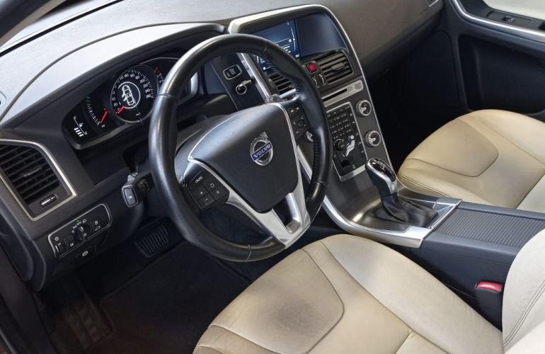 Volvo Xc60 2.0 T5 Comfort FWD Turbo - Foto #10