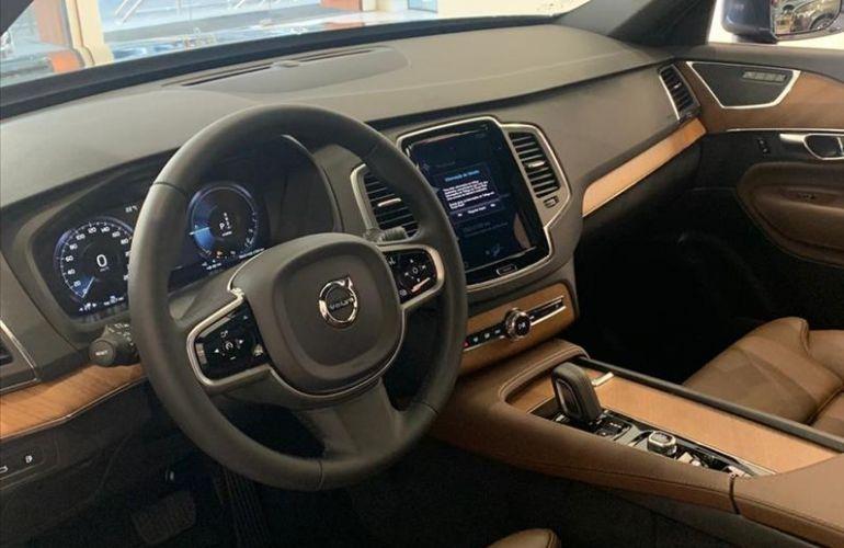 Volvo XC90 2.0 T8 Hybrid Momentum AWD Geartronic - Foto #9