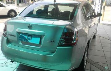 Nissan Sentra S 2.0 16V - Foto #2