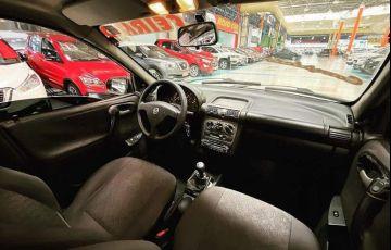 Chevrolet Corsa 1.6 MPFi Classic Sedan 8v - Foto #5
