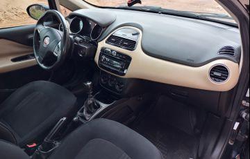 Fiat Linea Essence 1.8 16V (Flex)