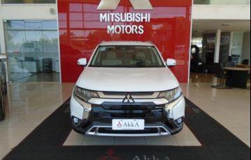 Mitsubishi Outlander HPE-S 2.2 DI-D AWD - Foto #2