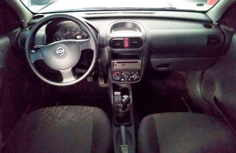 Chevrolet Corsa 1.0 MPFi Premium Sedan 8v - Foto #7