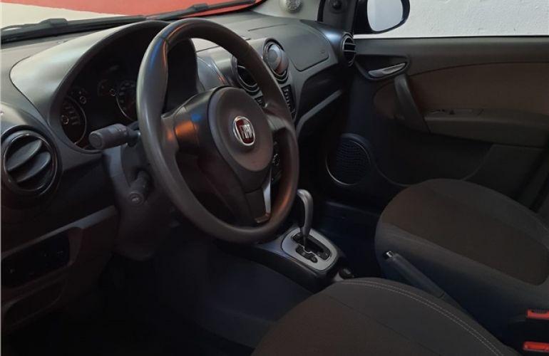 Fiat Palio 1.6 MPi Essence 16V Flex 4p Automático - Foto #9