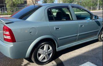 Chevrolet Astra 2.0 Sfi CD Sedan 16v - Foto #5