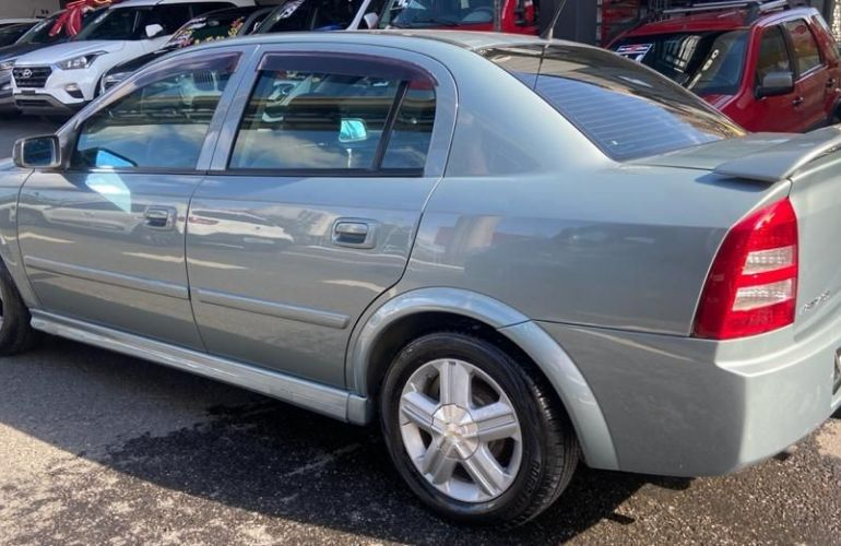 Chevrolet Astra 2.0 Sfi CD Sedan 16v - Foto #10