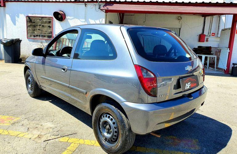 Chevrolet Celta 1.0 MPFi LS 8v - Foto #4