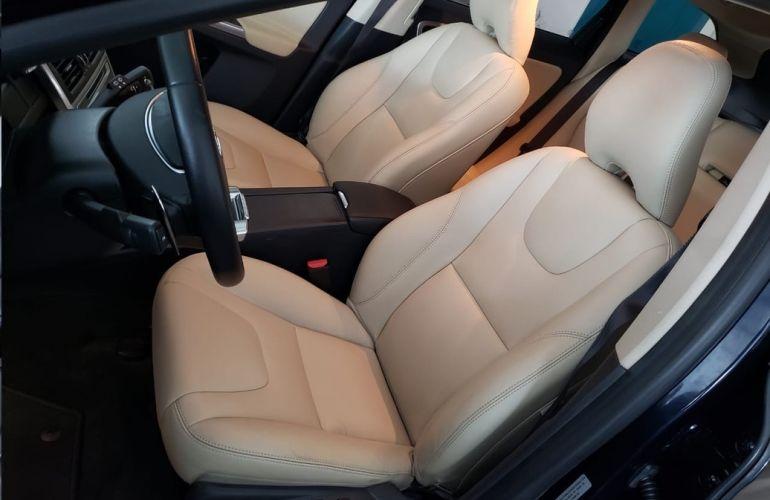 Volvo Xc60 2.4 D5 Kinetic Awd - Foto #10