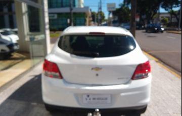 Chevrolet Onix 1.0 LT (Flex) - Foto #5