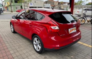 Ford Focus Hatch SE 1.6 16V TiVCT - Foto #3