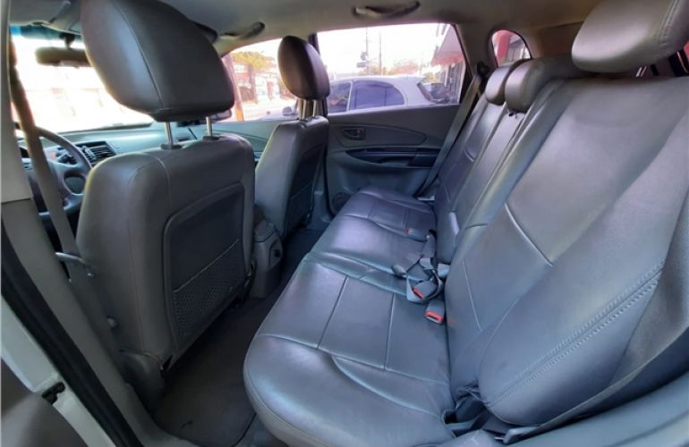 Hyundai Tucson 2.0 MPFi GLS 16V 143cv 2WD Flex 4p Automático - Foto #9