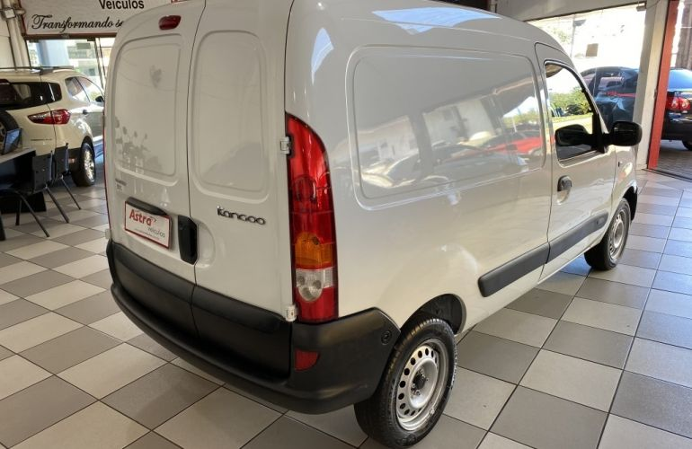 Renault Kangoo Expression 1.6 16V (flex) - Foto #7