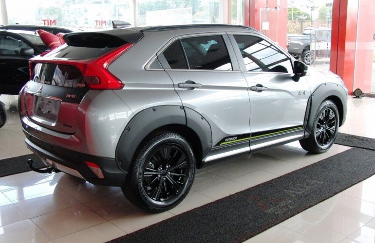 Mitsubishi Eclipse Cross HPE-S S-AWC   OUTDOOR 1.5 - Foto #10