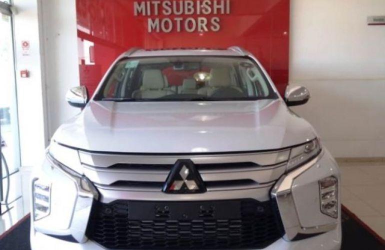 Mitsubishi Pajero SPORT HPE AWD 2.4 16V MIVEC TURBO DIESEL - Foto #2