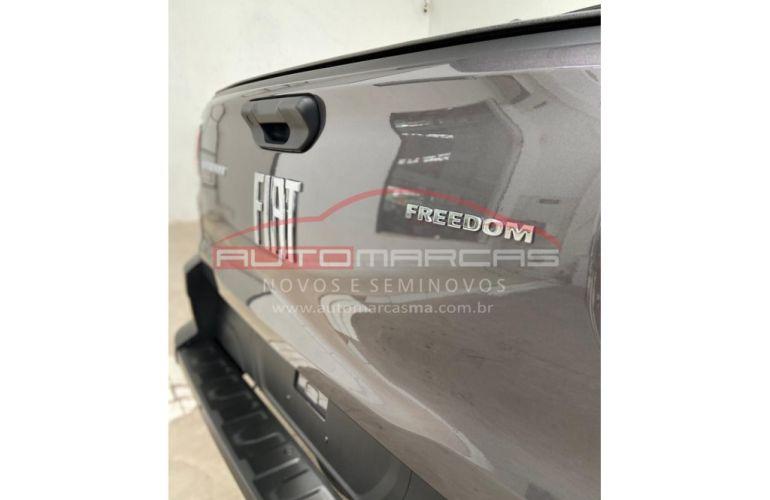 Fiat Strada Cabine Dupla Freedom - Foto #9