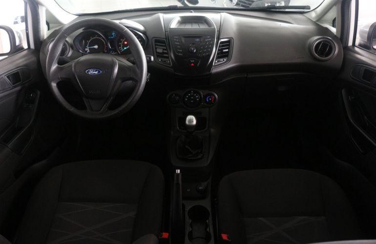 Ford Fiesta 1.5 S Hatch 16v - Foto #3