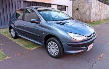 Peugeot 206 1.0 Sensation 16v - Foto #2