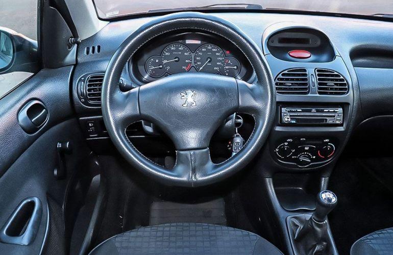 Peugeot 206 1.0 Sensation 16v - Foto #6