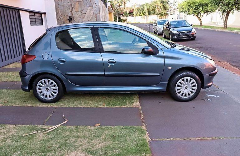 Peugeot 206 1.0 Sensation 16v - Foto #10