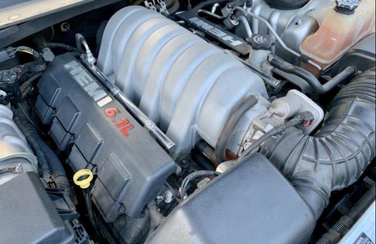Chrysler C Srt8 6.1 V8 16V 431cv Aut - Foto #9