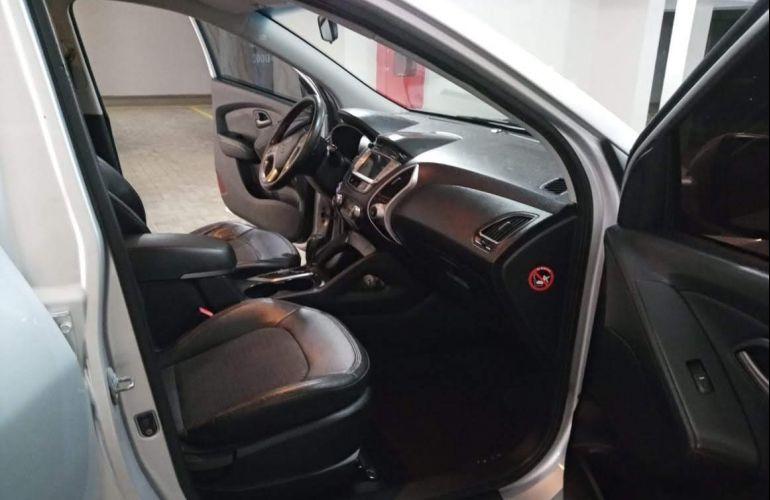 Hyundai ix35 2.0L GLS Intermediário (Aut) - Foto #3