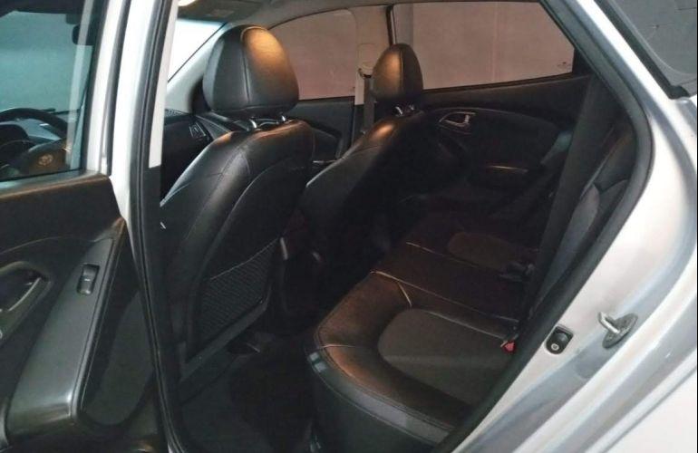 Hyundai ix35 2.0L GLS Intermediário (Aut) - Foto #6