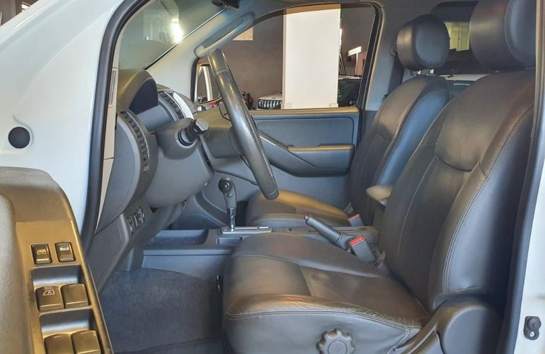 Nissan Frontier 2.5 Le Attack 4x4 CD Turbo Eletronic - Foto #8