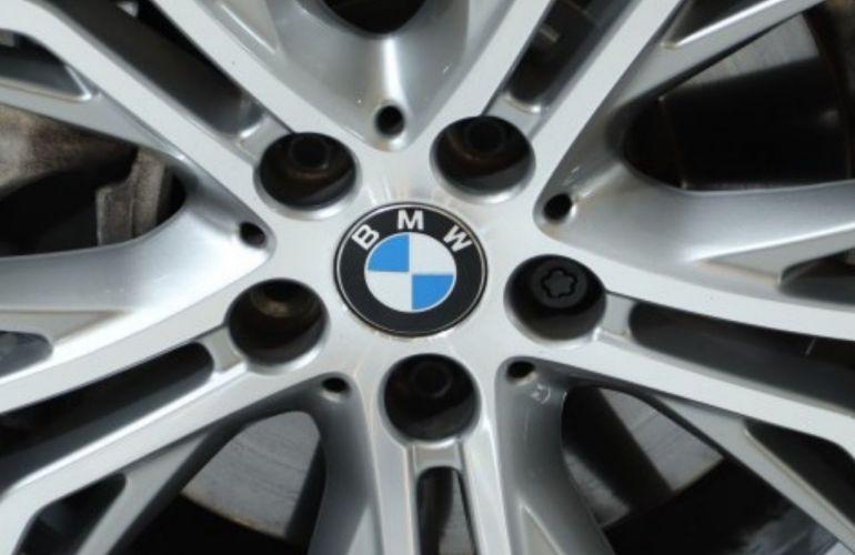 BMW X1 S Drive 20i GP 2.0 - Foto #7