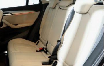 BMW X1 S Drive 20i GP 2.0 - Foto #8