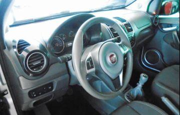 Fiat Grand Siena Tetrafuel 1.4 EVO - Foto #6