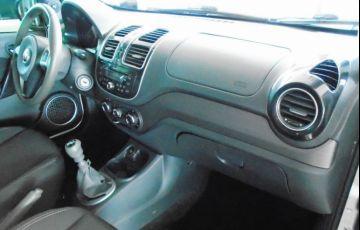 Fiat Grand Siena Tetrafuel 1.4 EVO - Foto #7