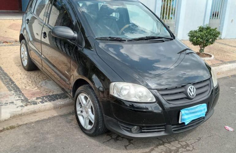 Volkswagen Fox 1.0 8V (Flex) 4p - Foto #3