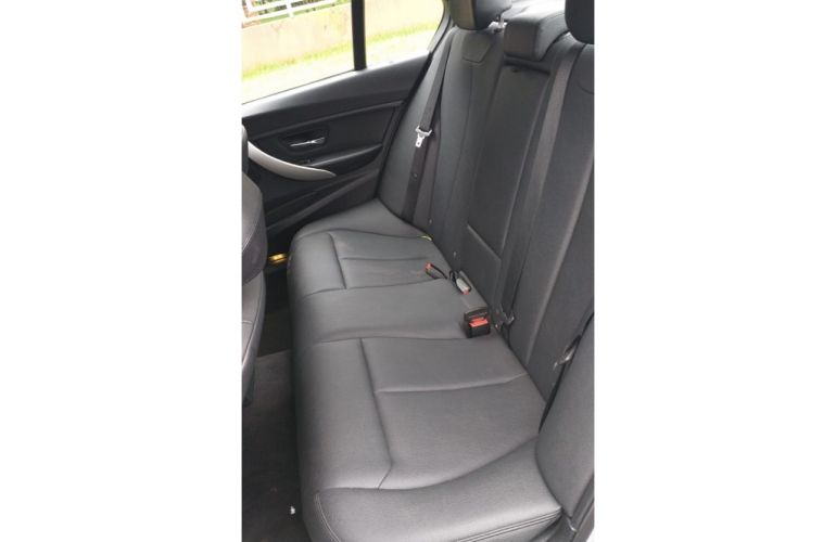BMW 320i 2.0 - Foto #5