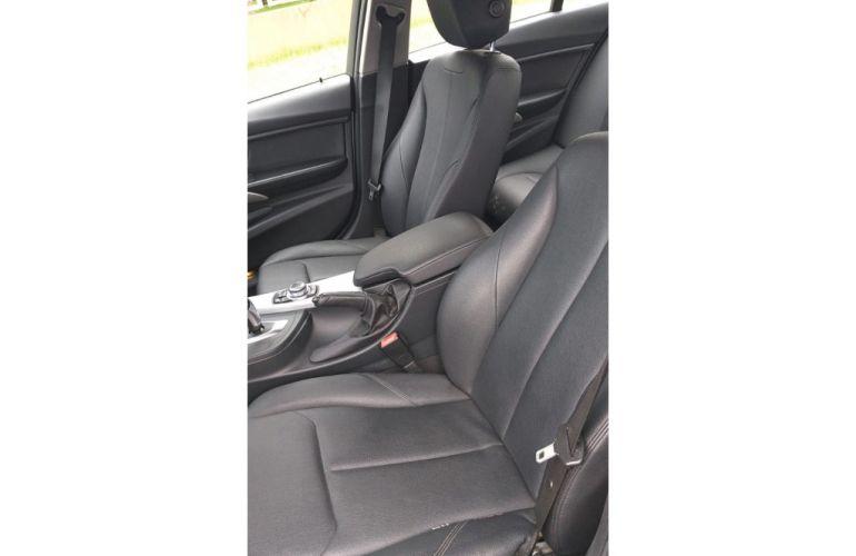BMW 320i 2.0 - Foto #6