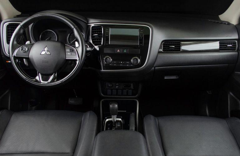 Mitsubishi Outlander 2.0 Comfort Pack 7L CVT - Foto #6