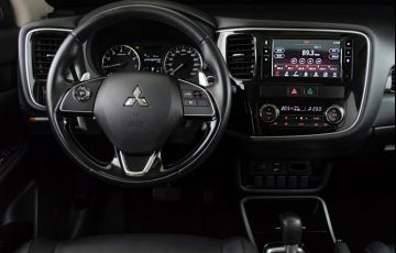 Mitsubishi Outlander 2.0 Comfort Pack 7L CVT - Foto #8