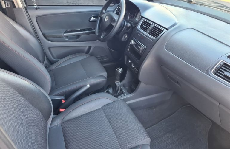 Volkswagen Fox Prime 1.6 8V (Flex) 4p - Foto #10