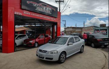 Chevrolet Astra 1.8 MPFi Comfort Sedan 8v