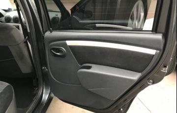 Renault Logan Expression 1.6 8V (Flex) - Foto #4