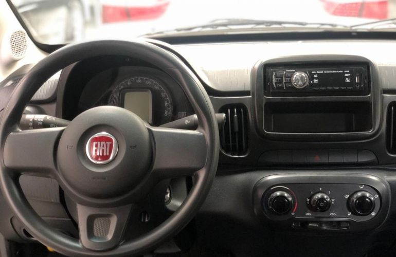 Fiat Mobi 1.0 8V Evo Like - Foto #2