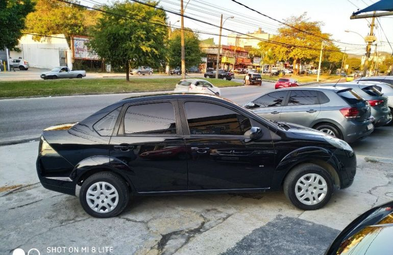 Ford Fiesta 1.6 Rocam Sedan 8v - Foto #4
