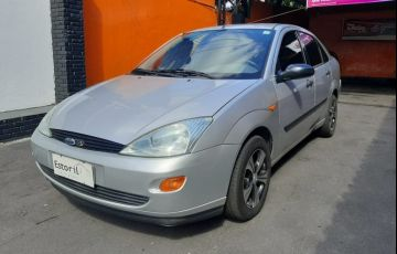 Ford Focus 2.0 Sedan 16v